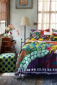 Colorful Bohemian Bedroom Bedding Ideas