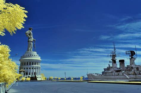 monumen jalesveva jayamahe lambang kejayaan laut