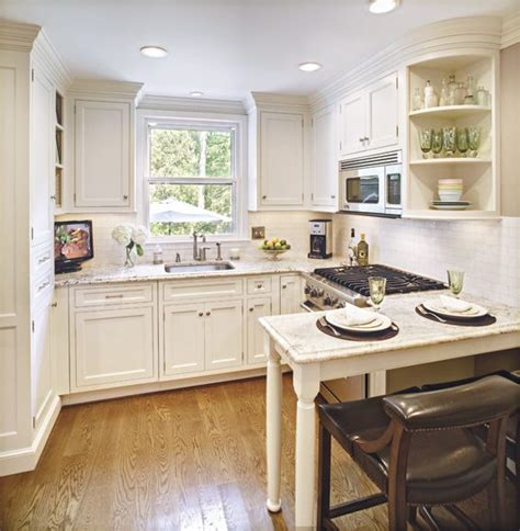 Best 25+ Square Kitchen Layout Ideas On Pinterest  Square