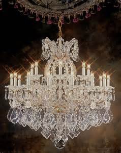 chandeliers for traditional dining rooms