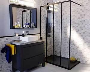 15 petites salles de bains pleines d39idees deco deco cool With porte d entrée alu avec colonne salle de bain industriel