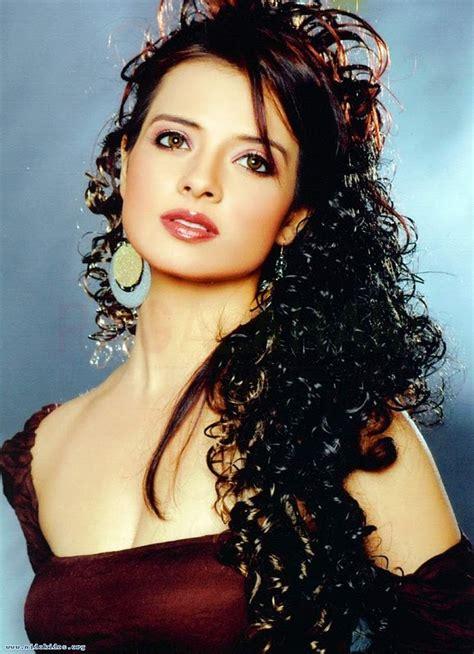 Beautiful Actress Saloni Stunning New Photo Shoot ...