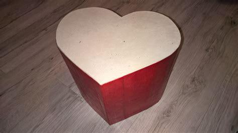 pouf en forme de coeur tutoriel diy pouf en en forme de coeur pour les grands et les petits