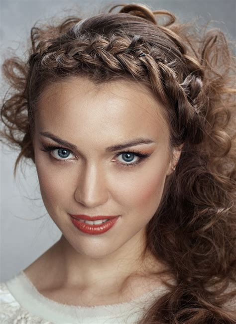 gorgeous braided hairstyles perfect  greasy bangs