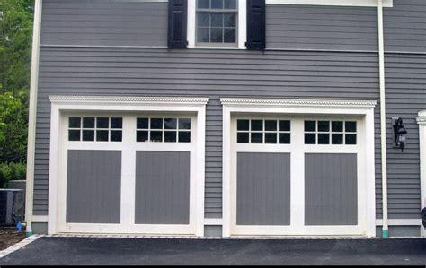 Garage Door Style Windows by Installing Carriage Style Garage Doors To Improve Your