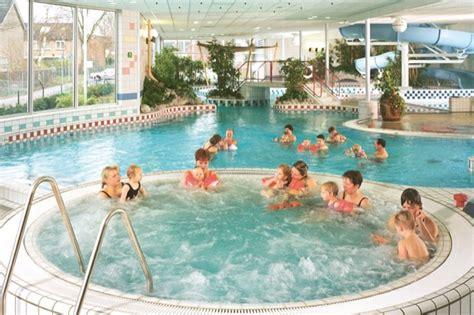 zwemmen hofbad zwembad de brake nunspeet informatie foto s reviews en