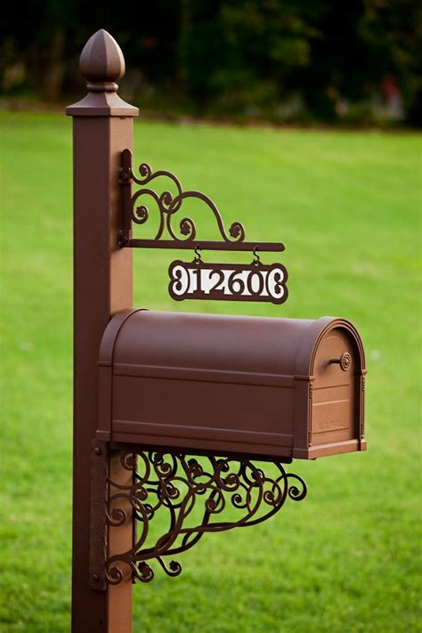 Decorated Mailboxes - 1000 ideas about country mailbox on country