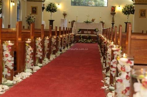 como decorar la iglesia para una boda consejos para decorar la iglesia arreglos iglesias