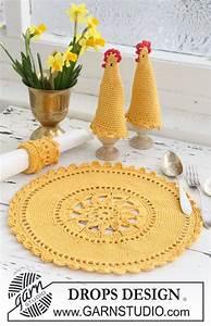 Set De Table Au Crochet : haakpatroon placemat eierwarmer en servetring ~ Melissatoandfro.com Idées de Décoration