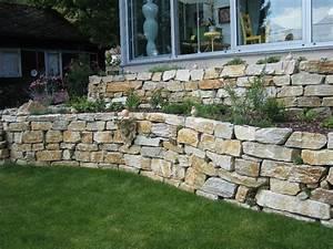 Natursteinmauern Im Garten : natursteinmauern gartengestaltung zangl ~ Markanthonyermac.com Haus und Dekorationen