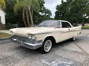 1959 Chrysler Windsor 2-door Hardtop