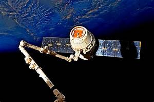 Dragon splashes down in Pacific with time-critical ...