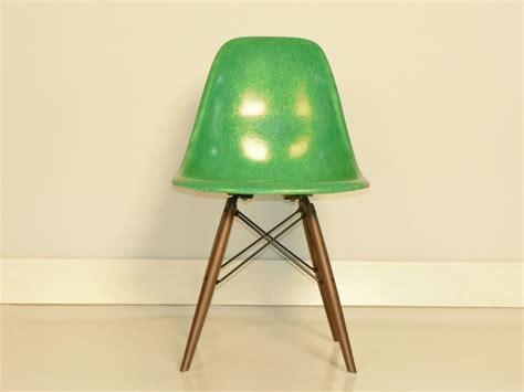 chaise eames fibre de verre eames fibre de verre maison design deyhouse