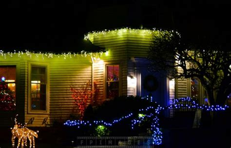 Outdoor Decorations Canada by Enjoy Lights Decorations At