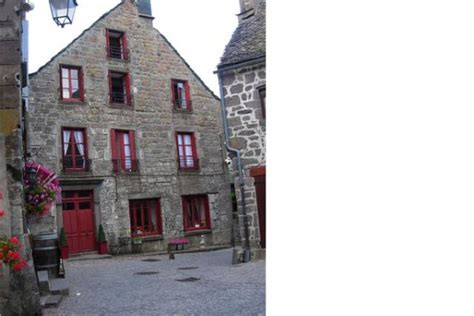 chambre dhote auvergne bed breakfast in besse et anastaise aaisa