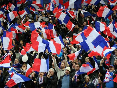 Friendlies News England Fans Urged Sing For France