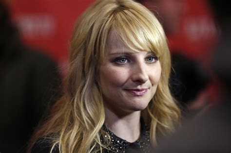 melissa rauch wallpapers images  pictures backgrounds