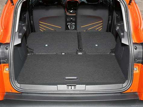 renault captur trunk renault captur 2014 picture 96 of 102