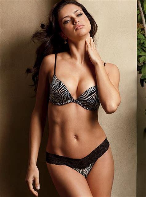 gabriela de la garza bikini victoria 180 s secret sexy animal print line emusiclist