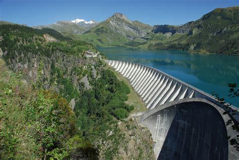 barrage de roselend wikimedia commons