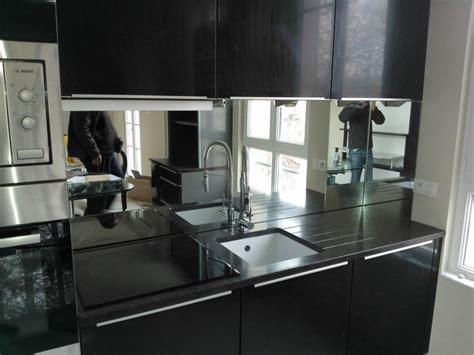 cr馘ence en miroir pour cuisine mobilier table crédence miroir pour cuisine