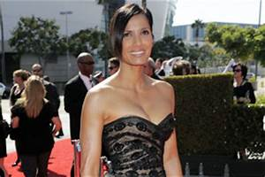 Padma Lakshmi nearly 'bursts out' of her dress - Indian ...