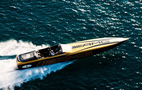 Amg Cigarette Boat Video by Amg Cigarette 50 Marauder Motor Boat Yachting