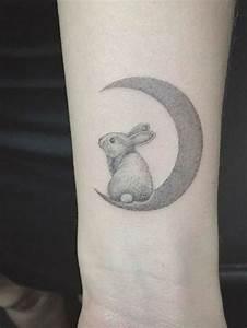 Tatouage Lune Poignet : tatouage poignet lune tatouage poignet 90 mod les qui nous inspirent ~ Melissatoandfro.com Idées de Décoration