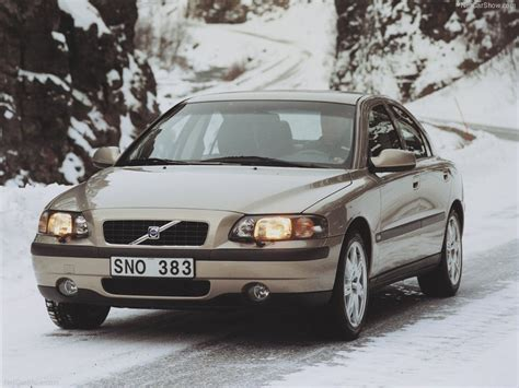03 Volvo S60 by Volvo S60 Awd 2002 Front Angle 3 Of 34 800x600