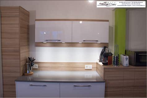 cuisine en et blanc photos de cuisines réalisées sur mesures et installées sur