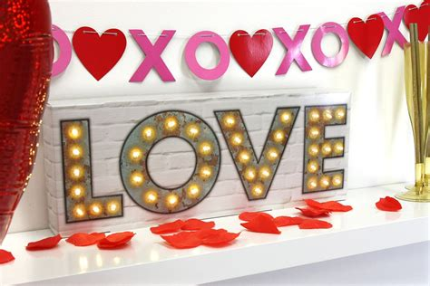 Classy Valentine's Day Party Ideas for Adults | Party ...