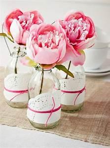 Deko Für 1 Geburtstag : wundersch ne blumendeko mit pfingstrosen und selbstgemachten vasen auch eine romantische deko ~ Buech-reservation.com Haus und Dekorationen