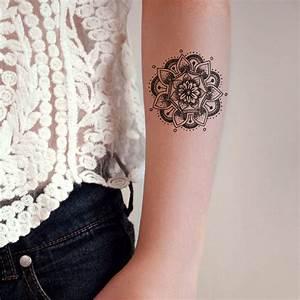 Tatouage Avant Bras Femme Mandala : tatouage mandala bras on craque pour un tatouage mandala ~ Melissatoandfro.com Idées de Décoration