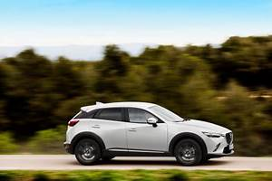 Mazda Cx3 Prix : essai mazda cx 3 essence l 39 argus ~ Medecine-chirurgie-esthetiques.com Avis de Voitures