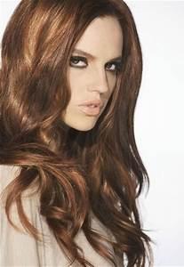 Cheveux Couleur Noisette : tendance coloration cheveux chatain clair ~ Melissatoandfro.com Idées de Décoration