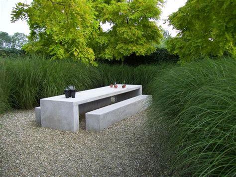 Outdoor Décor Trend 26 Concrete Furniture Pieces For Your