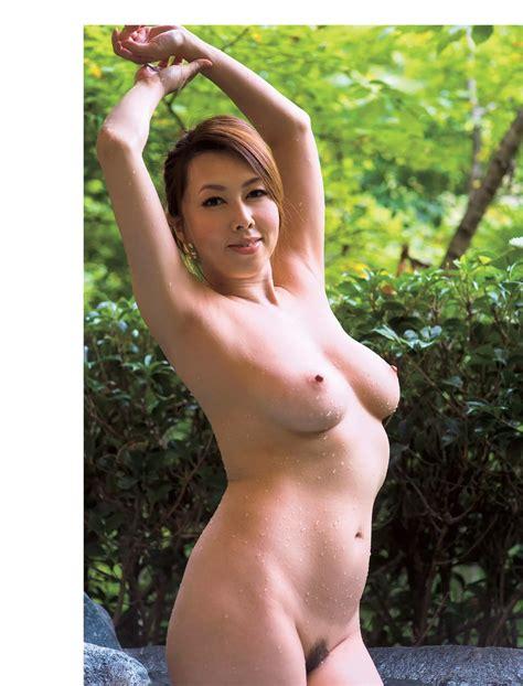 Yumi Kazama Naked Pic