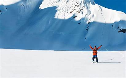 Freeride Friends Skier Knows Peak Performance