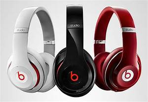 Capi launches new Beats by Dr Dre headphones at Schiphol ...