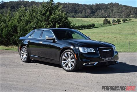 chrysler 300c 2015 chrysler 300c luxury review video performancedrive