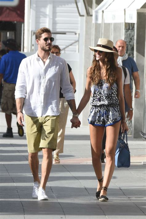 izabel goulart kevin trapp izabel goulart and kevin trapp on vacation in st barts 40