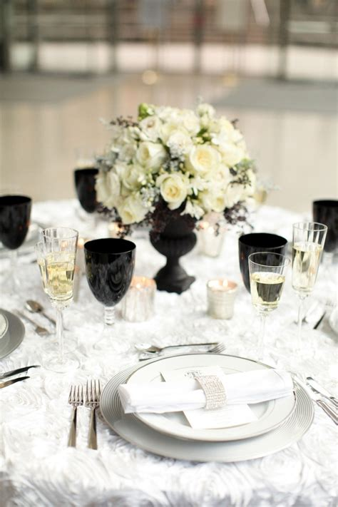 idee deco mariage noir et blanc picture of black and white wedding table settings