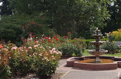 the garden portland original file 1 600 215 1 050 pixels file size 815 kb