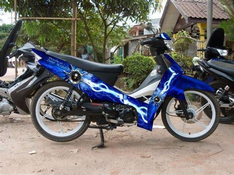 Variasi Motor R stiker motor kaysha variasi