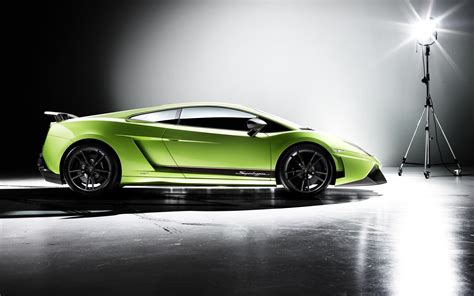 Download Lamborghini Wallpapers In Hd For Desktop And