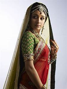 Paridhi Sharma as Jodha, elegance at its finest! | Jodha ...