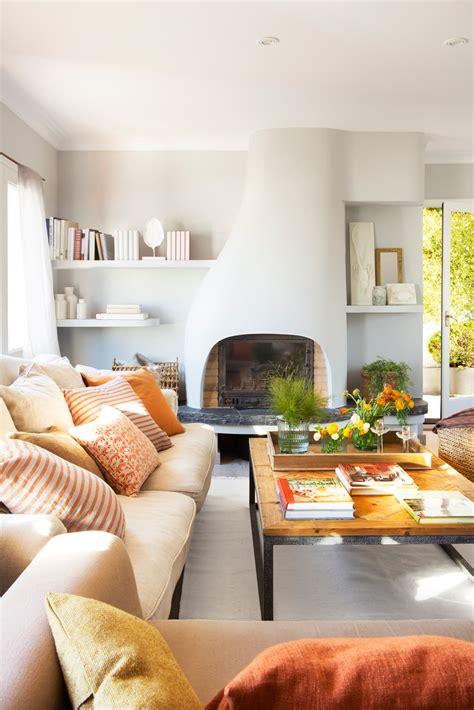 sofa verde y naranja salones con toques en rojo y naranja