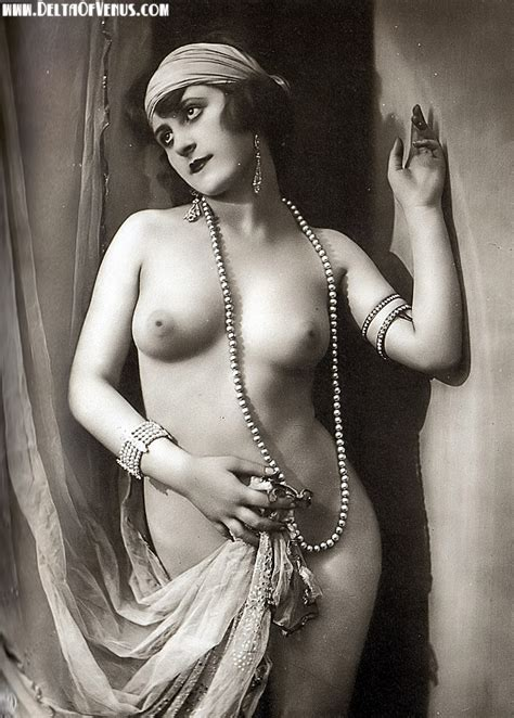 Vintageeroticasgirlnudeniceass In Gallery More Vintage Erotica Picture