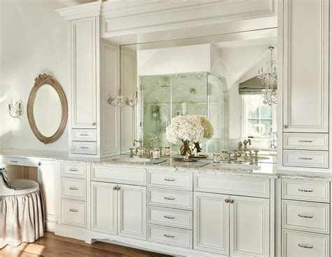 His and Hers Sinks Flanked by Cabinets   Transitional