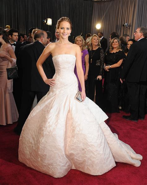 Oh no! | Dior gown, Oscars red carpet dresses, Expensive ...
